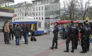 """Versammlung """"annaelbe"""" mit Polizeieinsatz"""